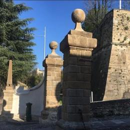 Città Alta, Porta San Giacomo -Foto Torna a splendere l'ex barriera daziaria