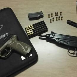 Mitragliatrice e pistola in casa Arrestato un 55enne a Solza