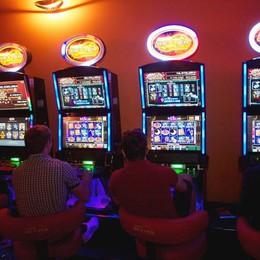 Gioco d'azzardo, allarme teenager Il 7% di chi scommette è già a rischio
