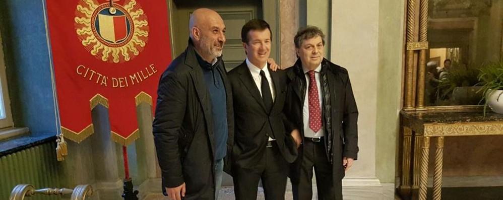 Il sindaco di Amatrice in Comune «Bergamo dal cuore d'oro» -Video