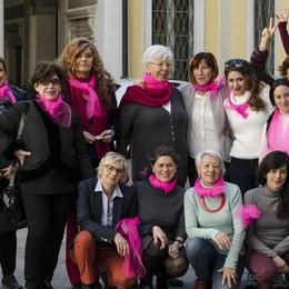 Passeggiata notturna contro la violenza  A Bergamo l'8 marzo si celebra così
