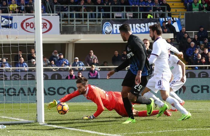 La super parata del portiere della Fiorentina