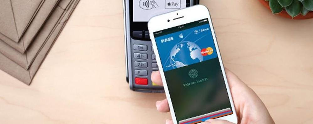 Apple Pay arriva in Italia Si pagherà con... il telefonino