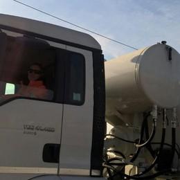 «Sono betonierista, unica donna in Italia» Iolanda racconta: mi fermarono in cantiere