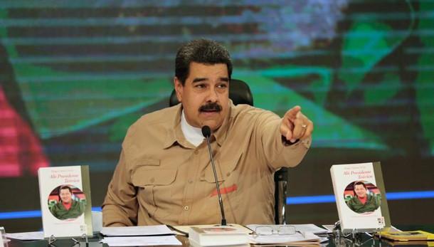 Maduro, Corte Suprema riveda decisione