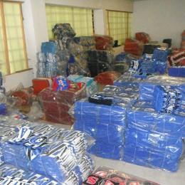 Maglie e sciarpe false di squadre di A Azienda abusiva scoperta in Bergamasca