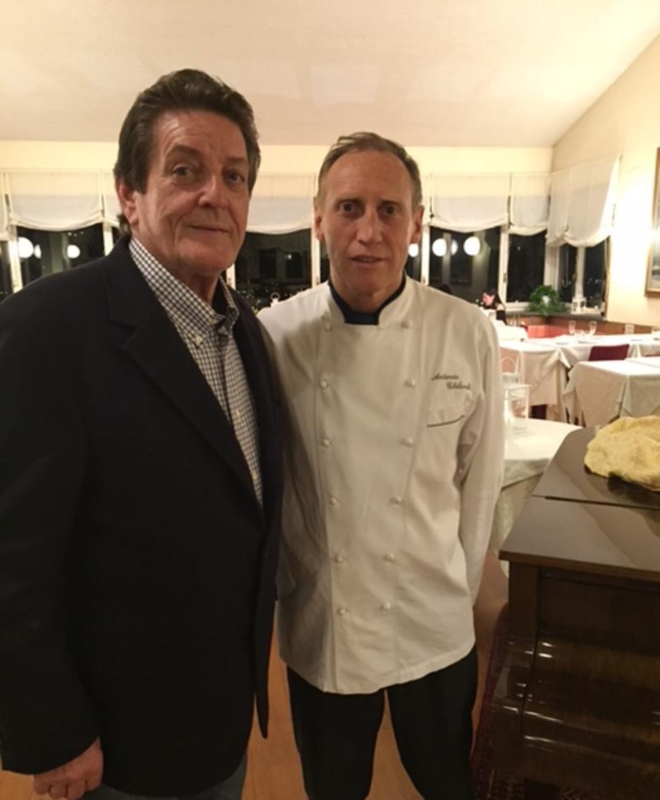 Lo chef Ghilardi con il presidente dei cuochi Bg, Roberto Benussi.