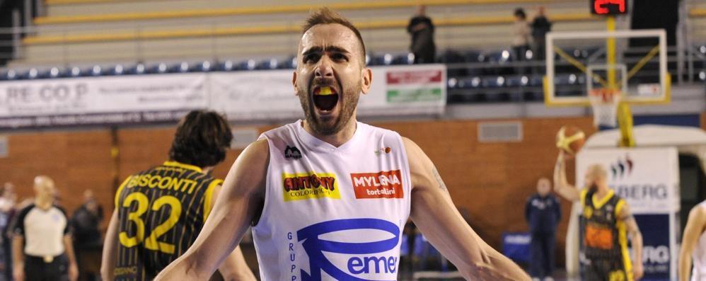 Il basket orobico esulta Remere e Comark ai play-off