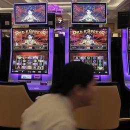 Rallenta il «consumo» di gioco a Bergamo -11,4% per le slot, -7,8% per i Gratta&Vinci