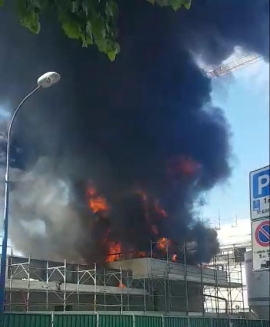 Le fiamme a Romano