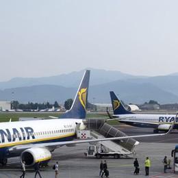 Ryanair, ancora ricerca di personale A Orio al Serio colloqui in aprile e maggio