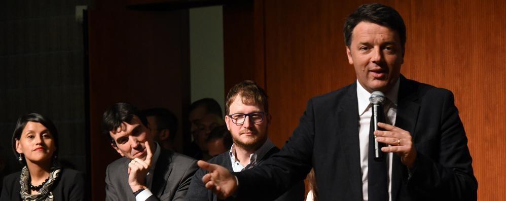 Renzi a Bergamo con Martina «Referendum bella botta, riparto da zero»