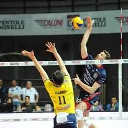 Caloni, una vittoria per la finale E arriva anche il tifo del «Papu»