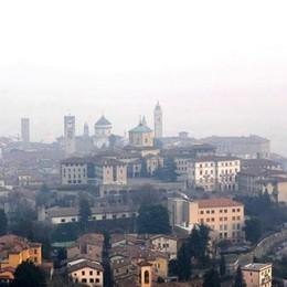 Troppo smog, Bergamo fuorilegge Nel 2017 già 45 giorni oltre i limiti