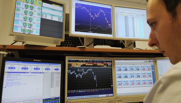 Borsa: Milano chiude a -1,22%