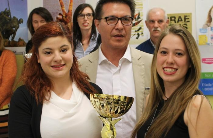 Le due ragazze dell'Istituto alberghiero vincitrici della sezione Junior