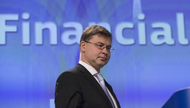 Dombrovskis,pulire Npl o 10 anni persi