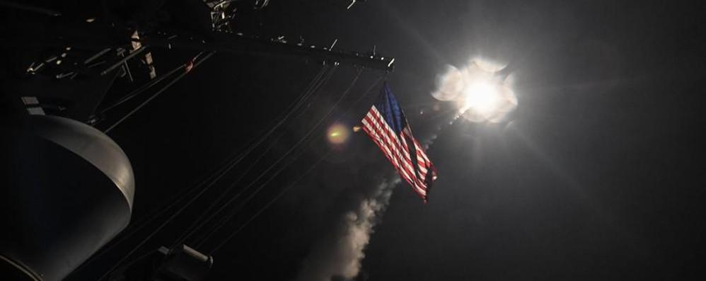 Gli Usa attaccano la Siria con 59 missili Colpita la base del raid chimico