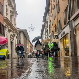 Analisi Cisl sul commercio bergamasco «I piccoli negozi stanno scomparendo»