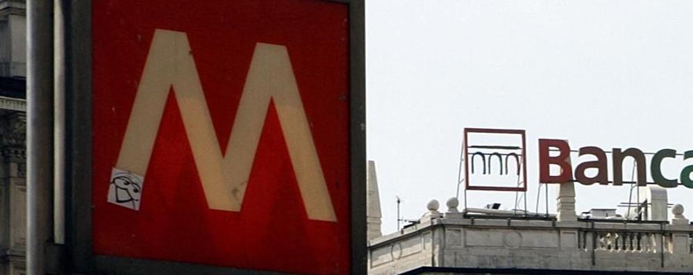 Neonato abbandonato in Metro Soccorso, è in buona salute