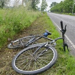 Investito in bicicletta a Mozzanica Grave 80enne: elisoccorso in azione