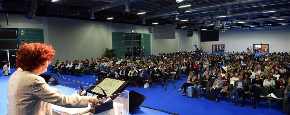 Scuola, il ministro Fedeli a Bergamo «8 milioni per gli animatori digitali»