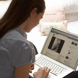 Cyberbullismo, ok alla legge dalla Camera Anche i minori potranno denunciare