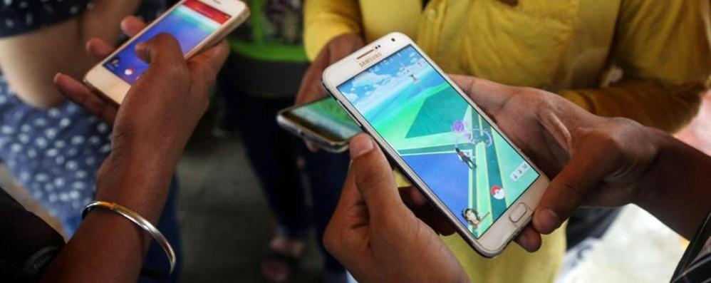 Smartphone alla velocità della luce Vodafone prepara l'assalto al 5G