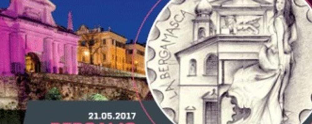Bergamo, sale la febbre da Giro d'Italia Annullo filatelico e cartoline
