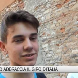 Giro d'Italia, l'entusiasmo della gente sulla Boccola