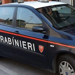 Calci e pugni ai carabinieri Arrestati due 26enni a Romano