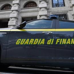 Vendeva funi ai bracconieri senza ricevuta Sebino, scoperto evasore di 1 milione di €