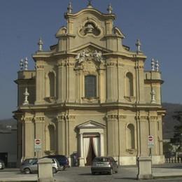 Villa di Serio, choc per la morte  di Cristina Mamma di tre bimbe colta da malore