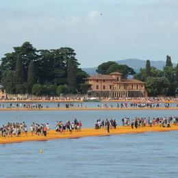 Turismo, l'eredità di Floating Piers Regione stanzia 20 milioni per il Sebino