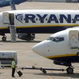 Ryanair, fino al 25% di sconto per chi prenota entro mezzanotte