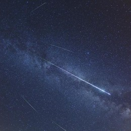 Naso all'insù, arrivano le stelle cadenti I consigli per osservarle al meglio