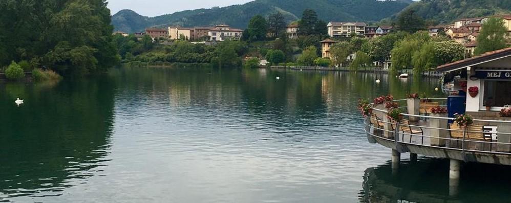 Maggio con la pioggia, il lago brinda In dieci giorni 60 centimetri - Foto