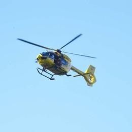 Istruttore di arrampicata cade da 4 metri Elisoccorso in azione a Lovere