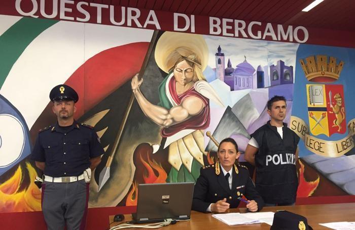 La conferenza stampa della Polizia stradale