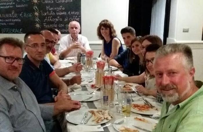 A Sovere si festeggia in pizzeria