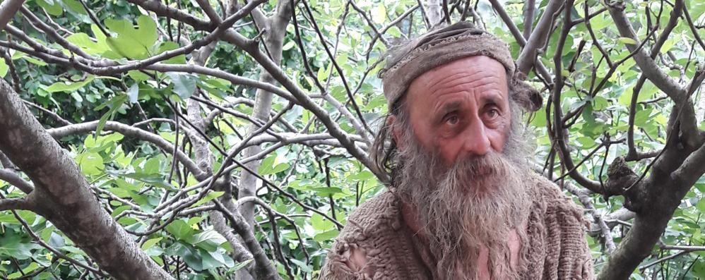 L'eremita-inventore di Ardesio Canti e poesie dal silenzio del bosco