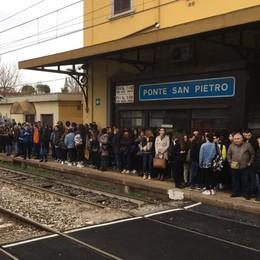 Raddoppio ferroviario Ponte-Montello Tre nodi da sciogliere: ponti e caserma
