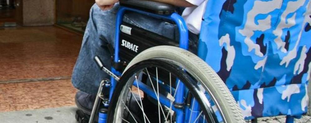 Il dramma degli invalidi civili «Vivere con 9 euro al giorno»
