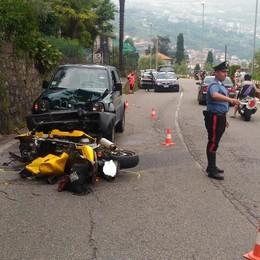 Moto contro due auto a Riva di Solto Grave 60enne, interviene l'elisoccorso