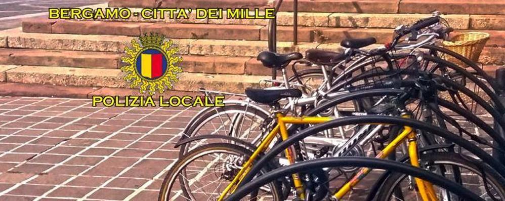 Ti hanno rubato la bicicletta? Dalla polizia locale una pagina Fb