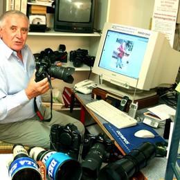 Addio a Nino Cassotti, aveva 77 anni Un fotografo tra Bergamo e il mondo