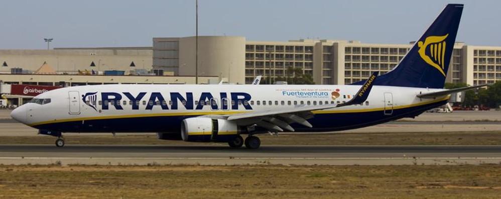 Aereo Ryanair a rischio pignoramento per debito di 50 euro (salito fino a 1.091)