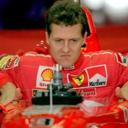 Tributo a Schumacher in autodromo Festa dei Club con le Ferrari in pista