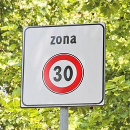Effetto zone 30 sulle strade della città Meno incidenti per i pedoni