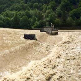 Maltempo, fiumi in piena e allagamenti Monitorato il livello del Brembo
